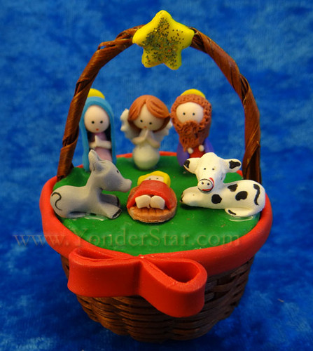 Mazapan Basket Nativity Scene Ecuador