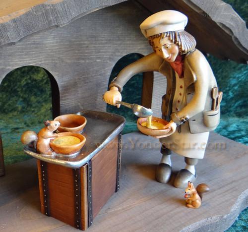Chef and Squirrels LEPI Kastlunger Wooden Nativity