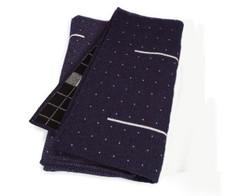 Eleanor Pritchard - Eleanor Pritchard - 2/8 Damson blanket