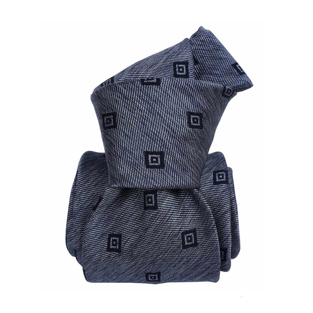 silk tie geo pattern