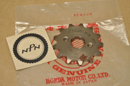NOS Honda CL70 MB5 SL70 XL70 XR75 Front Chain Drive Sprocket 23800-041-010