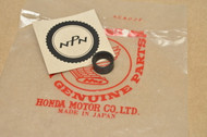 NOS Honda CB750 CB750A CB750F Cylinder Stud Bolt Gasket 12115-300-000