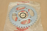 NOS Honda CB100 CB125 CL100 CL175 ST90 Rear Chain Drive Sprocket 41201-107-670