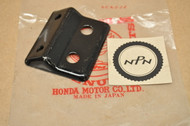NOS Honda GL1000 Gold Wing Front Seat Mount Stay Bracket 77203-371-305