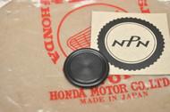NOS Honda CB450 CB500 CB550 CB650 CB750 Cylinder Head Sealing Rubber Plug 91318-300-013