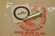 NOS Honda CB72 CB77 Rear Brake Panel Stopper Bolt 90127-268-000