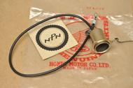 NOS Honda CB175 CB350 CB450 CB500 CB750 CL175 CL350 CL450 Right Turn Signal Light Socket 33402-292-003