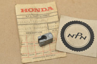 NOS Honda C100 C102 C105 T C110 C200 CM91 Throttle Cable Holder Guide 53162-011-000