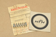 NOS Honda CA72 CA77  Side Cover Latch Knob Stopper Spring 17364-259-300