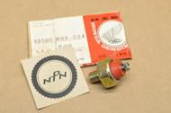 NOS Honda CB450 CB550 CB650 CB1000 CB1100 CX550 CX650 CM450 GL500 GL650 GL1100 GL1200 Gold Wing VF500 VF700 VF750 VF1000 VF1100 VT500 VT700 Oil Pressure Switch 35500-MB9-004