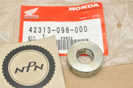 NOS Honda CT70H K0-K1 CT70 K0-K4 1976-82, 1991-94 Rear Axle Brake Panel Side Collar 42313-098-000
