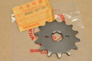 NOS Honda CR250 M MT250 Front Chain Drive Sprocket 14T 23802-357-000