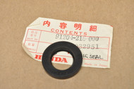 NOS Honda CA160 CA175 CB160 CB175 CL160 CL175 SL175 Points Base Oil Seal 91204-216-000