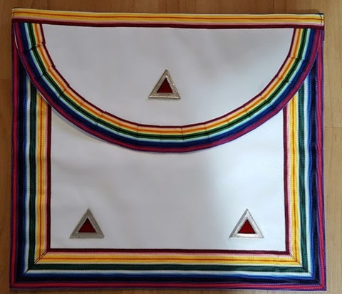 Past Commander Noah Apron Red Triangles      APR-RAM-CN-R
