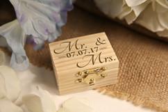 LUX - Personalized Trinket Box - Mr & Mrs