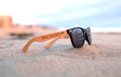 Grpn Italy -  Personalized Sunglasses - RayBan Name