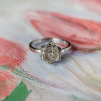 Vintage Flower Ring 18k White Gold Electroplated