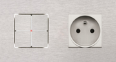 LARA CARRE - 2/4 PUSH-BUTTONS KNX WITH LEDS & 1 SOCKET OUTLET / 2 MODULES