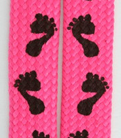 Feet pink mix shoelace