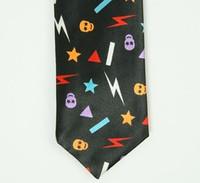 Bolt color necktie accessory
