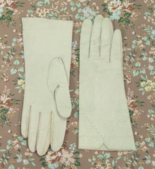 Dove gray leather gloves