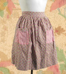 Apple pie and summer apron 1950s