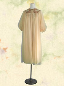 1960s Artemis peignoir