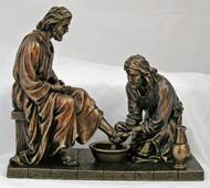 Christ Washing Feet Statue