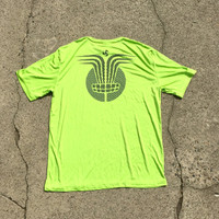 Lime tee with gray Huk Lab Chain Ray back