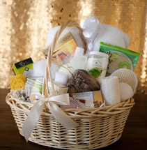 Deluxe Luxury Spa Basket