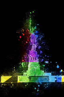 Colours Of Statue Of Liberty (PRT_183) - Canvas Art Print - 21in X 32in