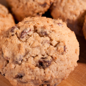 One of our most popular cookies, our super soft oatmeal cookies are thick, chewy and packed with dark raisins.  Each cookie is approximately 3 in diameter.