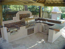Display Special Big Ridge Bay Minette U-Shaped Aluminum Outdoor Kitchen Package With Appliances