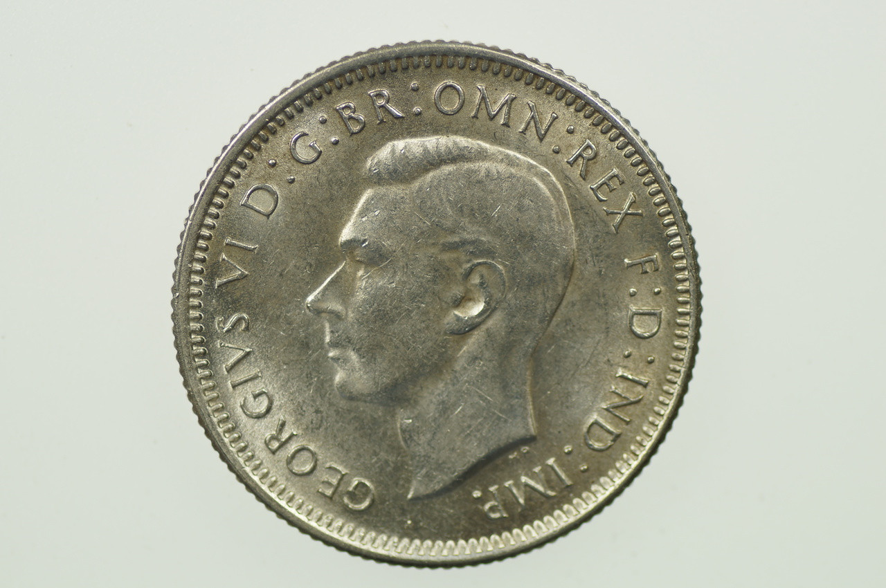1943 Shilling George VI in Uncirculated Condition Obverse