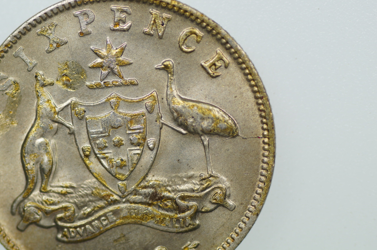 1963 Sixpence Elizabeth II in Uncirculated Condition Close Up