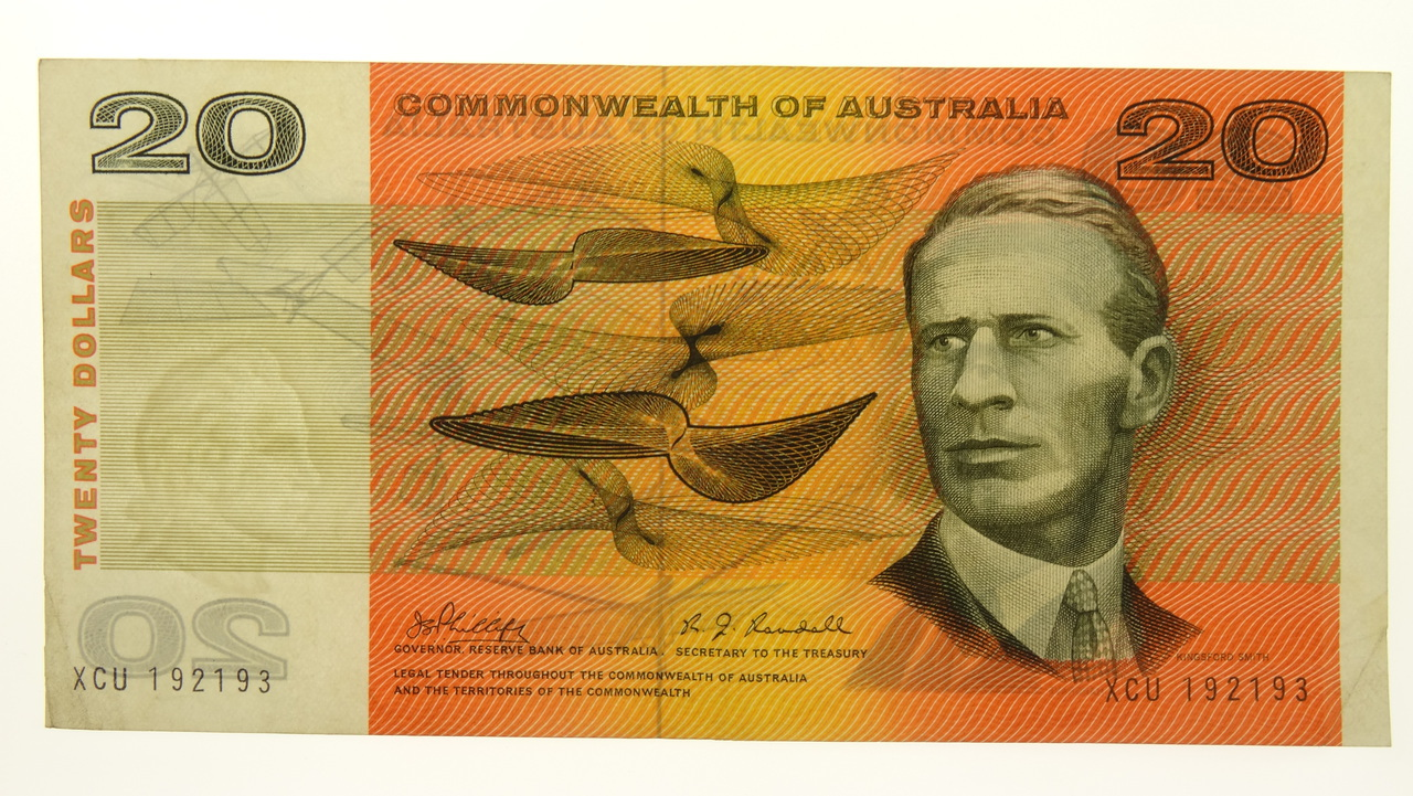 Commonwealth of Australia 1968 Twenty Dollars Phillips / Randall Banknote in Very Fine Condition