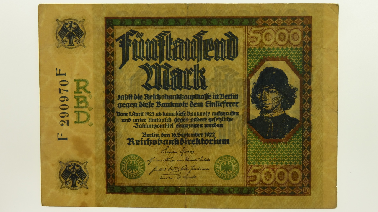 Germany 1922 Third Issue 5000 Mark Banknote in Very Good Condition