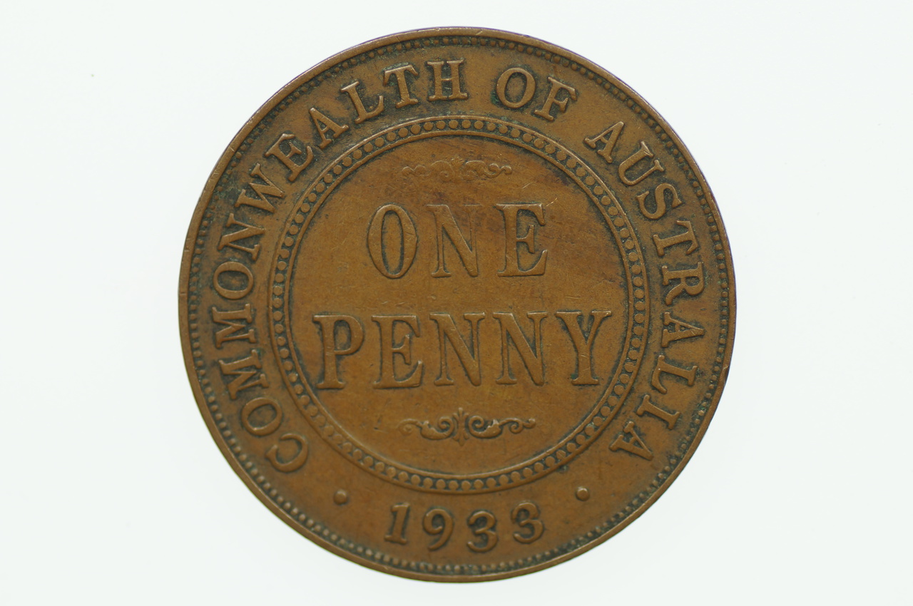 Australian 1933/32 Penny Over Date Variety George V in Fine Condition