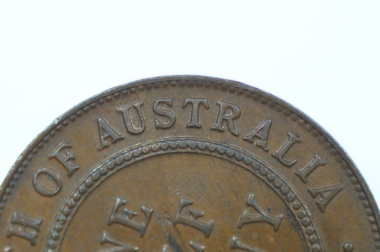 1927 Half Penny George V in Almost Uncirculated Condition Reverse Close Up