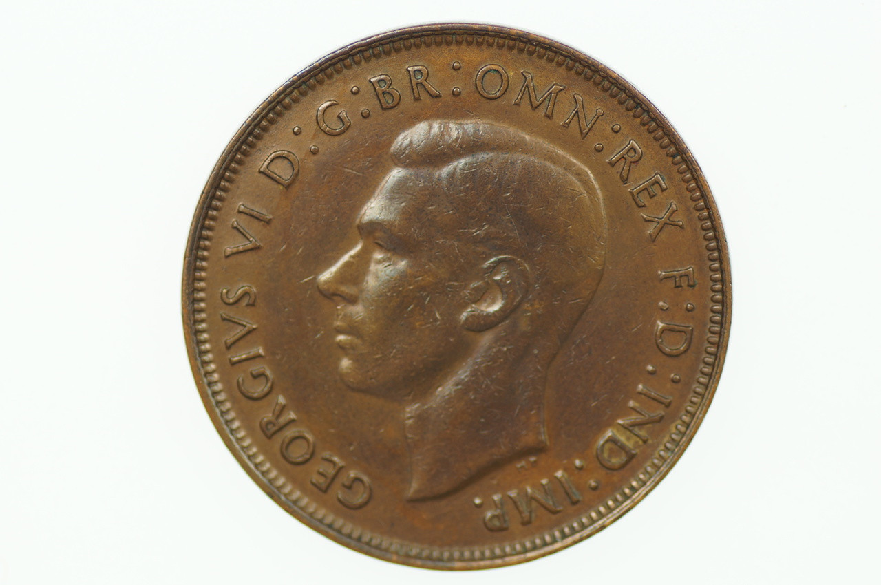 1944 Penny George VI in Extremely Fine Condition Obverse