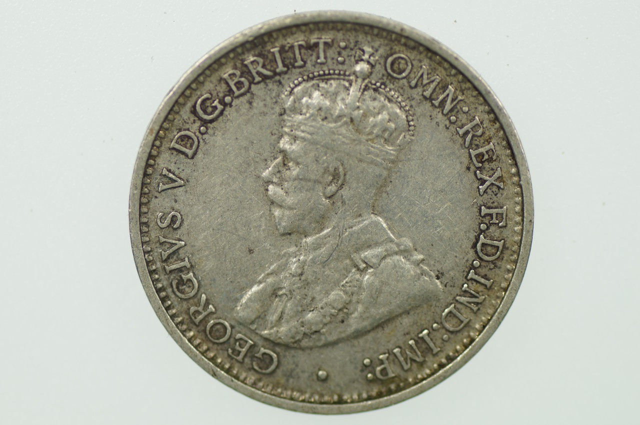 1936 Threepence George V in Very Fine Condition Obverse