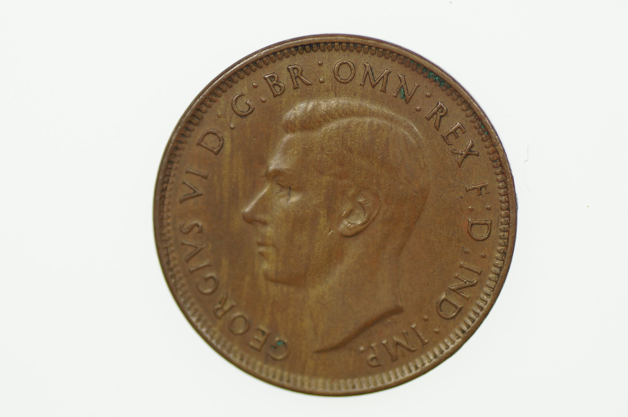 1940 Half Penny George VI in Almost Uncirculated Condition Obverse