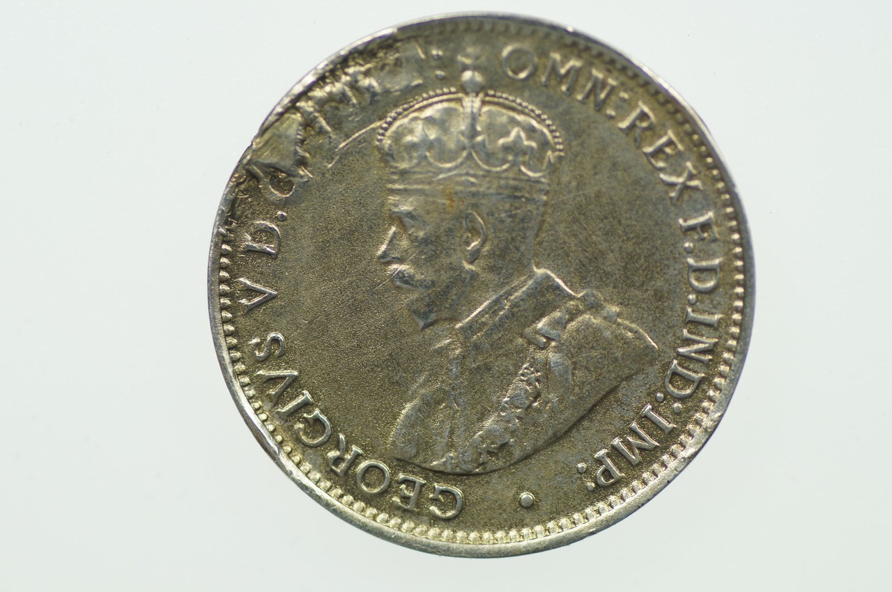1912 Threepence Metal Peel Variety in Very Fine Condition Obverse