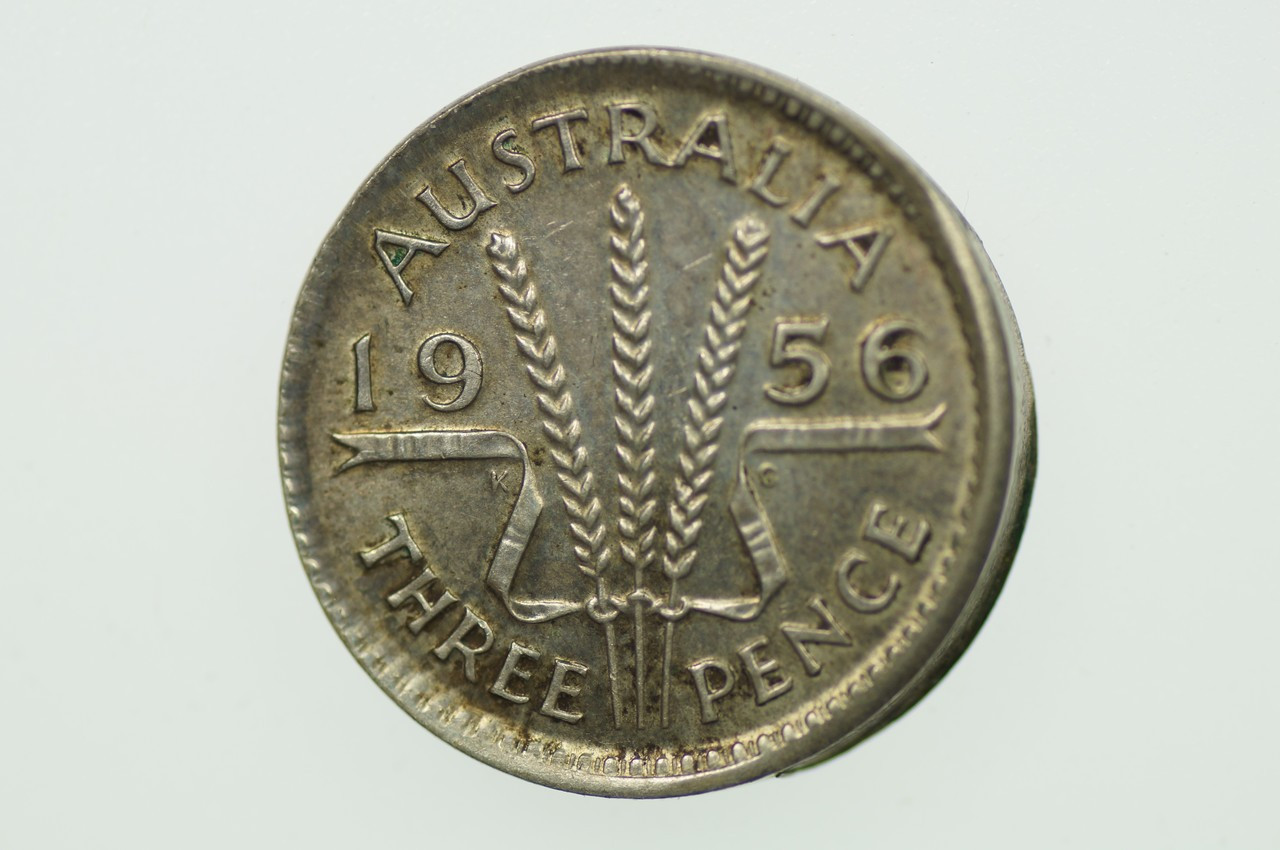 1956 Threepence Variety Error Mis-Strike in Extremely Fine Condition Reverse