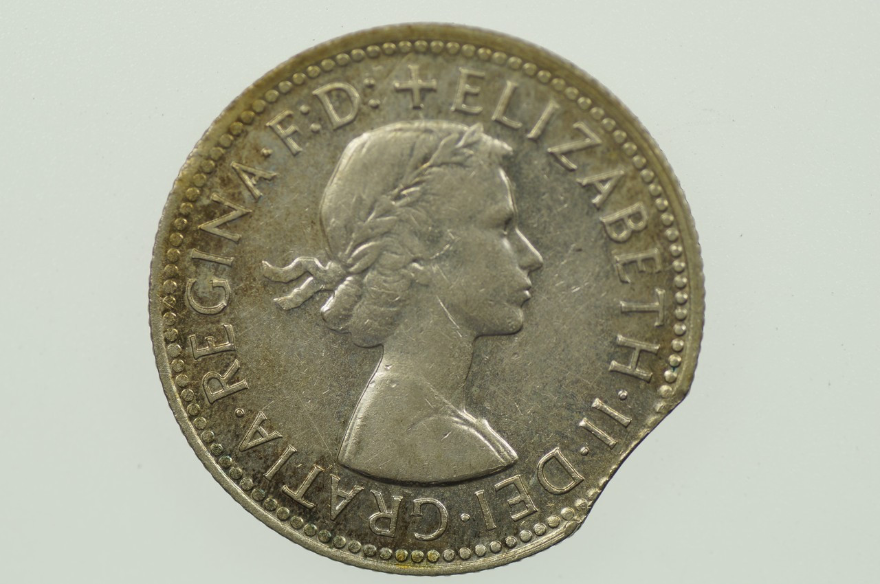 1960 Shilling Variety Error Bitten Edge in Extremely Fine Condition Obverse