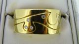 18ct Yellow Gold Solid 15 Diamond Band 14.9 Grams
