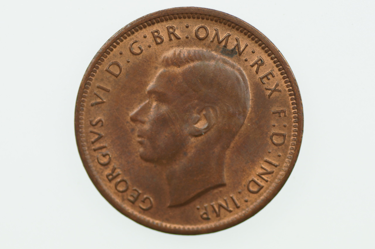 1943 Half Penny George VI in Uncirculated Condition Obverse