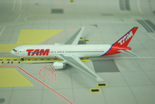 Phoenix TAM Boeing 767-300ER 1/400