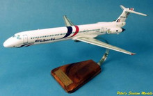 Pilot's Station Air Liberté McDonnell Douglas MD-83 1/100