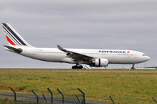 JC Wings Air France Airbus A330-200 with Stand 1/200